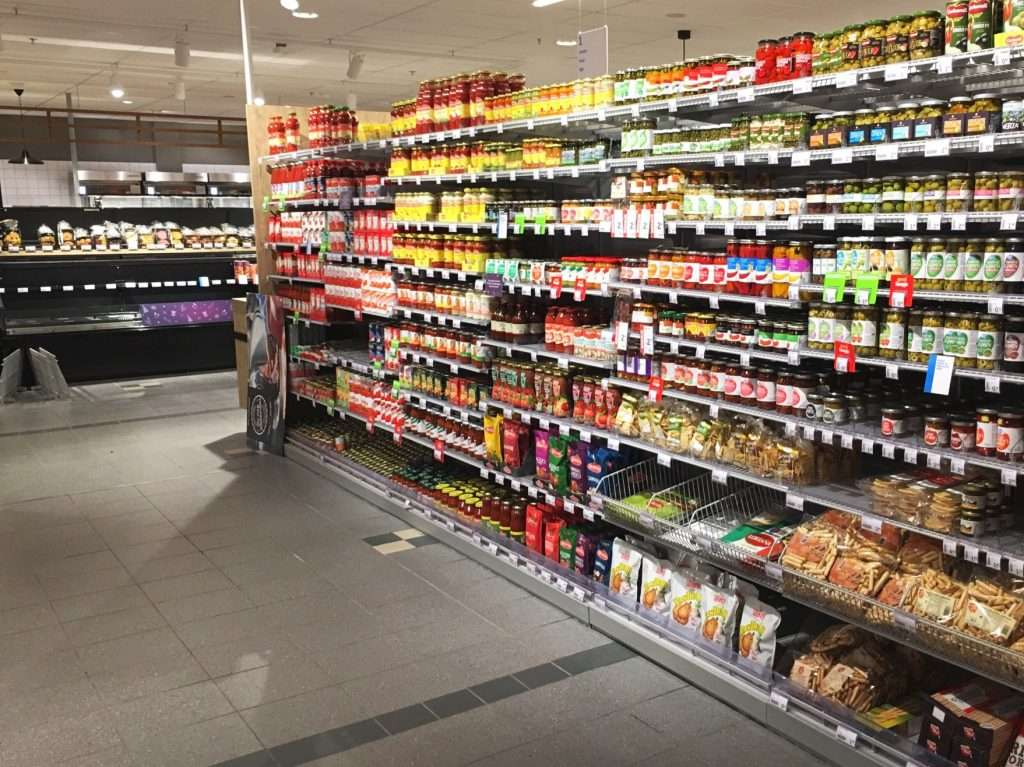 Product display on shelves