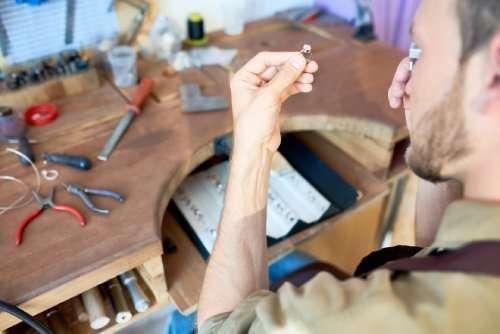 Facilitating repairs and returns
