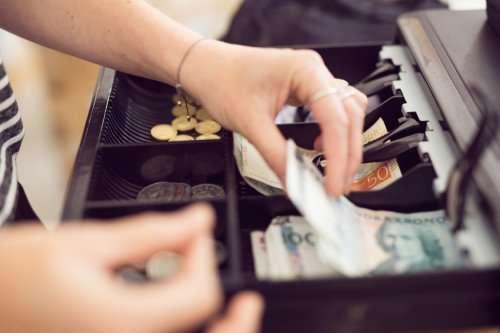 balance-a-cash-register-drawer